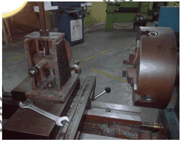 Design and Fabrication Of Gear cutting attachment on lathe machine