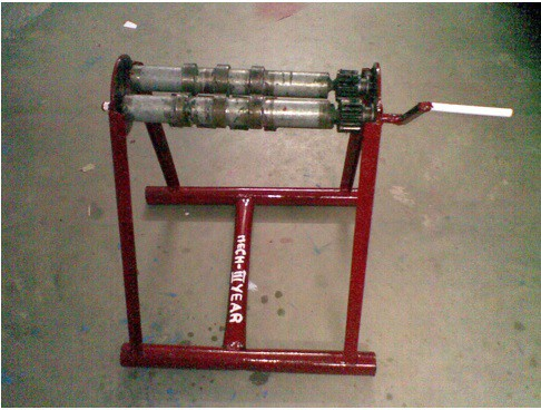 Design and Fabrication Of Rolling Machine With Splines