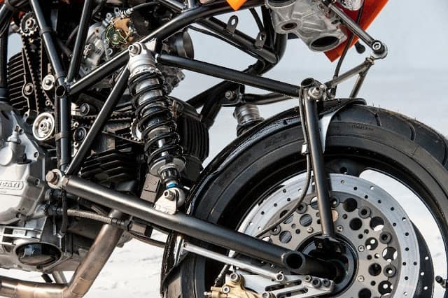 DESIGN AND FABRICATION OF HUB CENTER STEERING SYSTEM USING BICYCLE