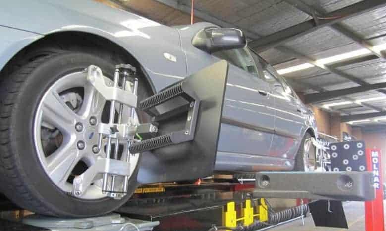 wheel balacing and wheel alignment-min