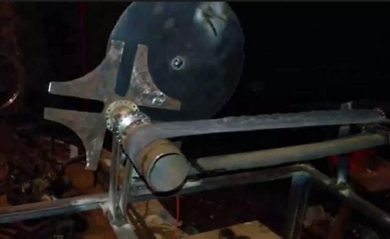 mini conveyor using geneva Mechanism mechanical project