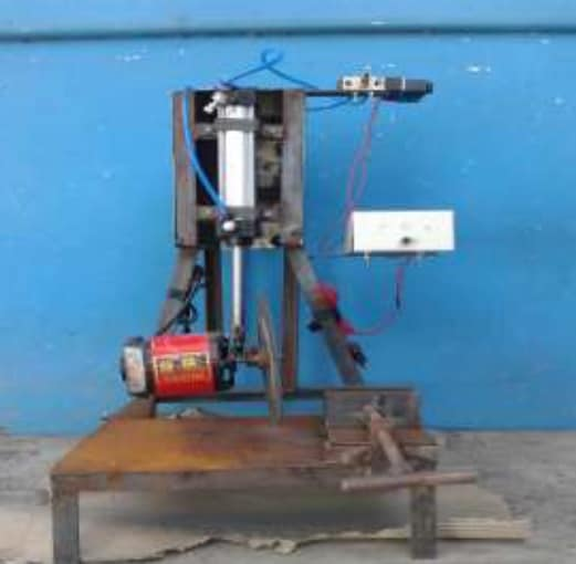 Design and Fabrication of Typical Pipe Cutting Machine