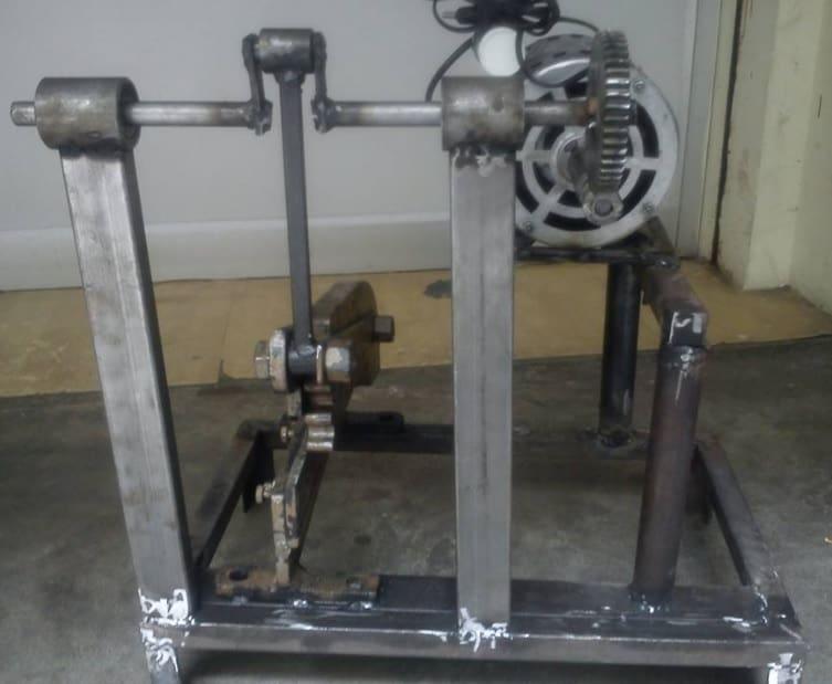 eccentric pipe cutting Machine