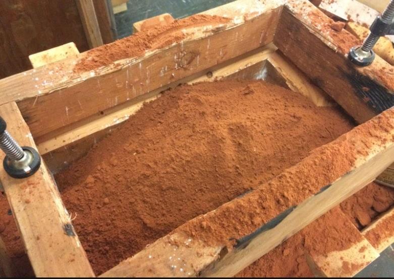 moulding sand