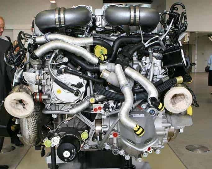 automobile engine project-min